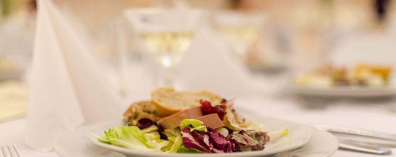Trendy ve svatebním menu – jaká jídla vybrat