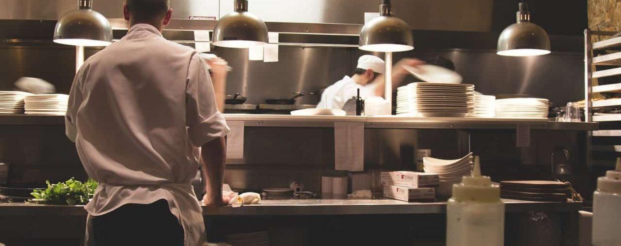 Úspory v gastronomii. Víte, jak efektivně šetřit?